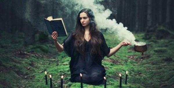 Магия делится на белую и темную