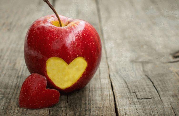 Заговор на встречу с любимым: использование яблока