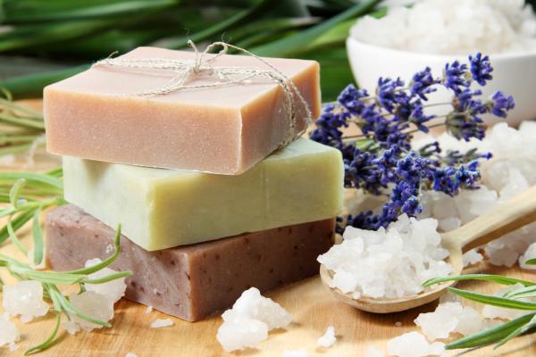 Магические ритуалы на встречу предусматривают использование мыла