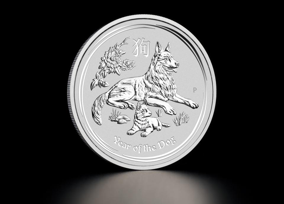 Заговоренная серебряная монета притягивает деньги