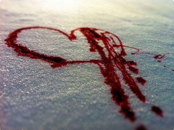 Для одного из ритуалов использую кровь и сахар