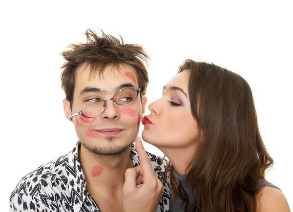 Увидеть мужчину с любовницей во сне - повод задуматься о своих отношениях