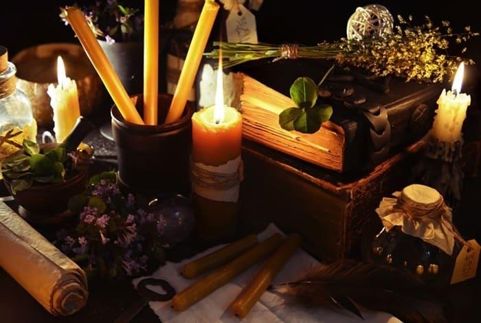 Книга заклинаний для проведения обрядов белой магии