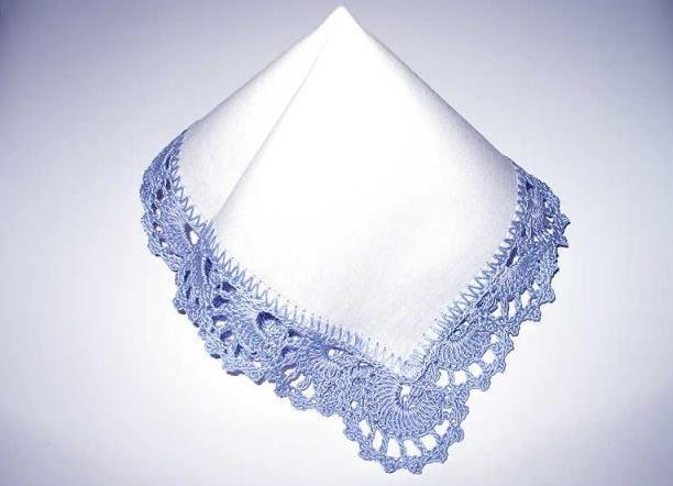 Заговоренный платок помогает избавиться от недоброжелателей