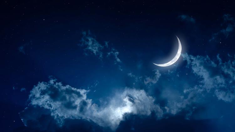 Заговоры на исполнение желаний читают на растущую луну