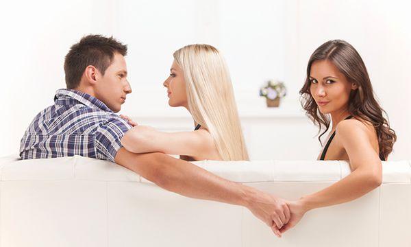 Специальные ритуалы позволят отбить мужа у любовницы